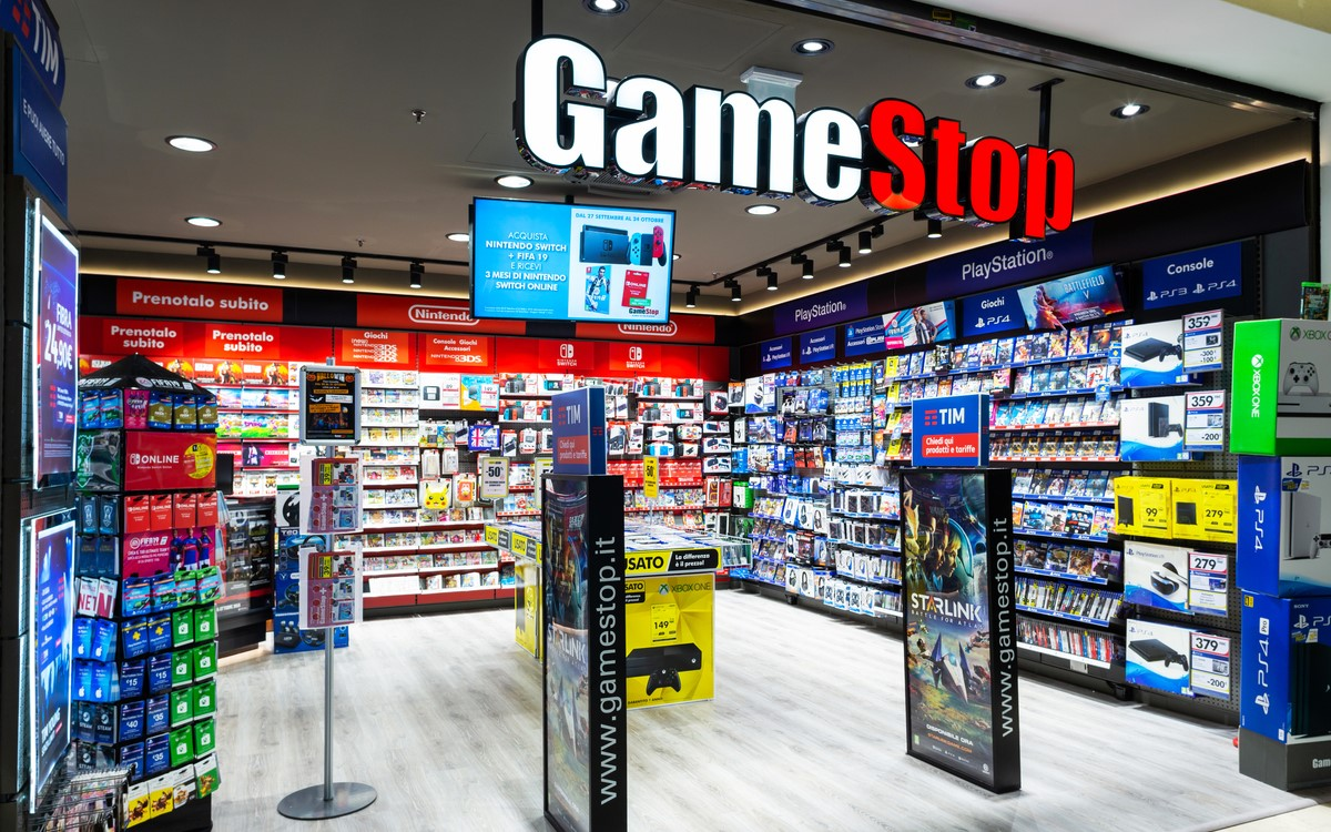 GameStop in Italien mit Digital Signage von PPDS (Foto: PPDS)