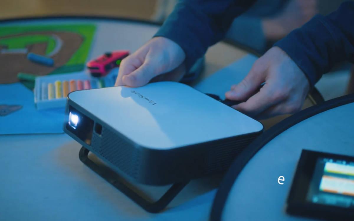 ViewSonic stellt mit dem M2e einen neuen mobilen Full-HD LED-Projektor für Business und Freizeit vor (Foto: Screenshot)