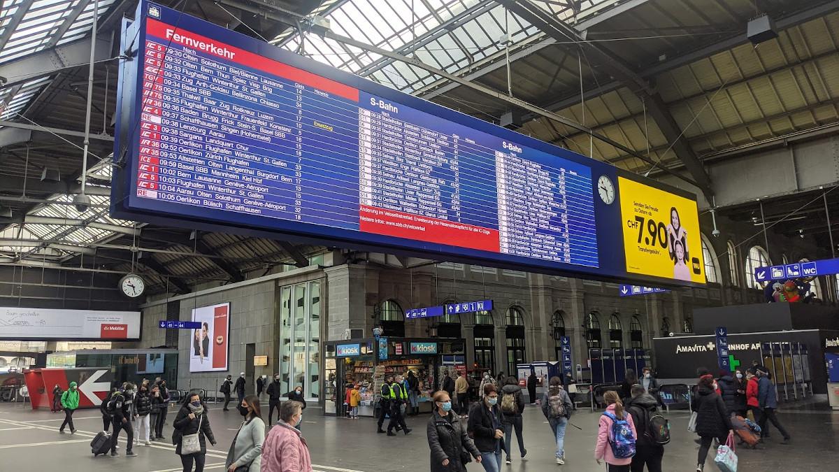 SBB.Abfahrtsanzeiger in Zürich - LED in höchster Qualität (Foto: invidis)