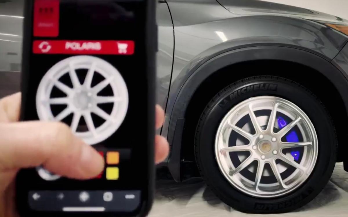 """Das """"Bright Wheel"""" ändert sein Design vom Bremsblock bis zur Felge mit wenigen Klicks in der App – ideal für Demo-Vorführungen (Foto: BrightSign)"""