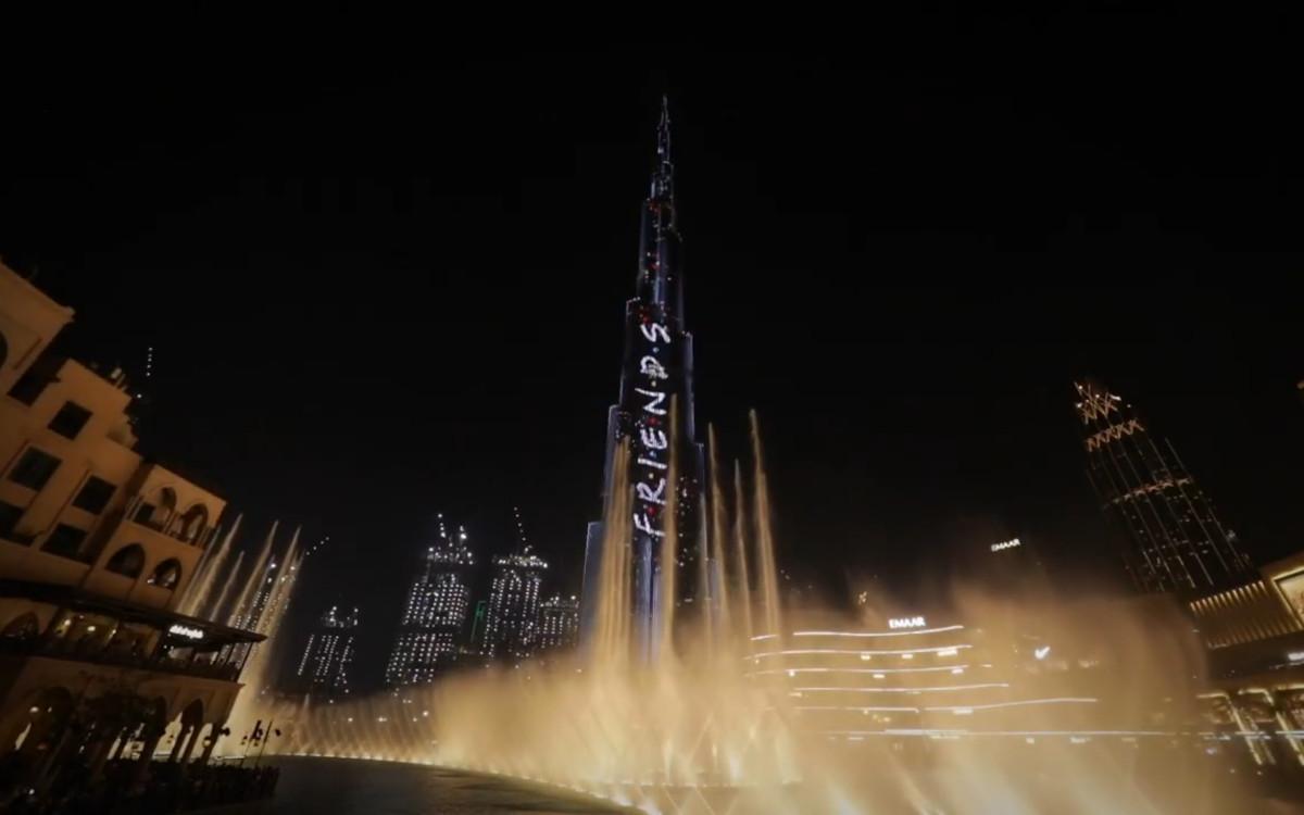 Die BARTKRESA studios wurde für ihre Kampagne zu ehren des 25ten Friends Jubiläums auf dem Burj Khalifa 2019 von der DSF mit einem APEX-Awards ausgezeichnet (Foto: Screenshot)