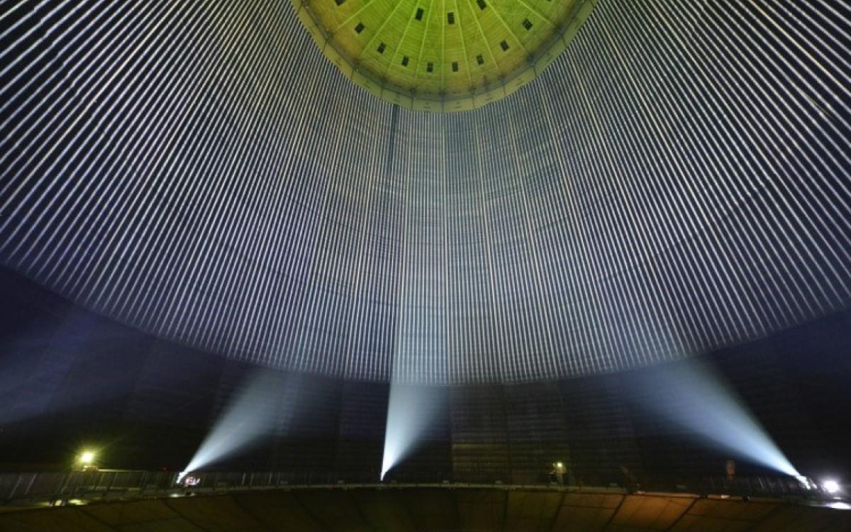 Nach COVID wird gemäß einer Epson Umfrage der Bedarf nach Events größer sein als je zuvor (Foto: Ausstellung 320° Licht im Gasometer Oberhausen)