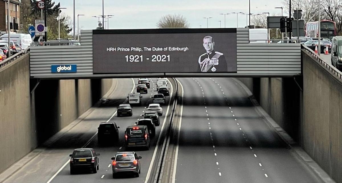 Britische DooH-Netzwerke gedenken an Prinz Philip (Foto: Global)
