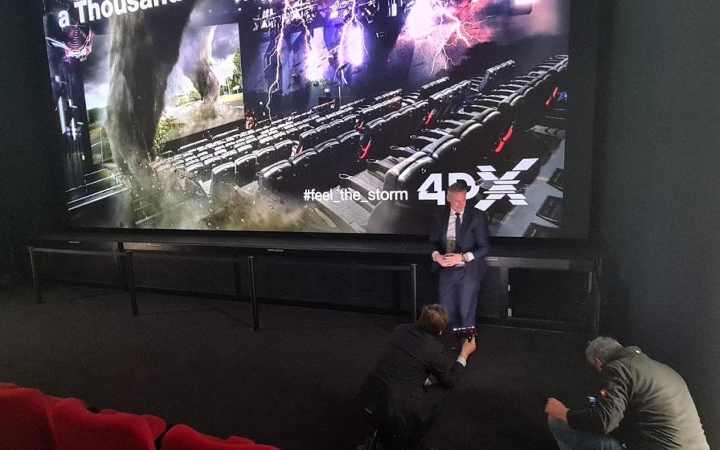 Klettern erforderlich - Kino-LED im Arena Cinema (Foto: invidis)