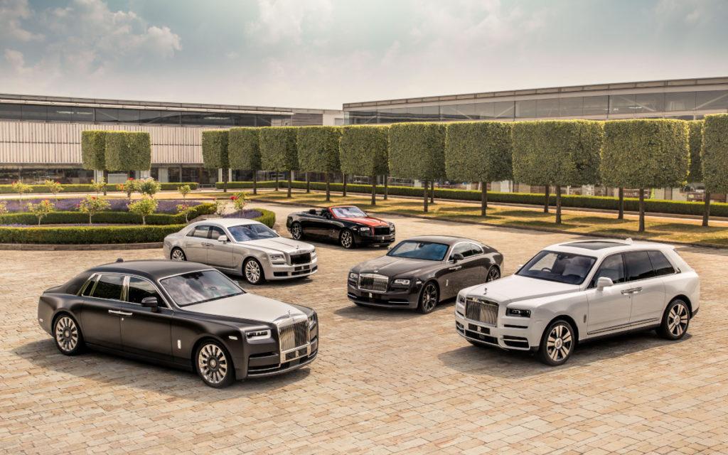 Rolls-Royce Fahrzeuge am Unternehmenssitz (Foto: Rolls-Royce)