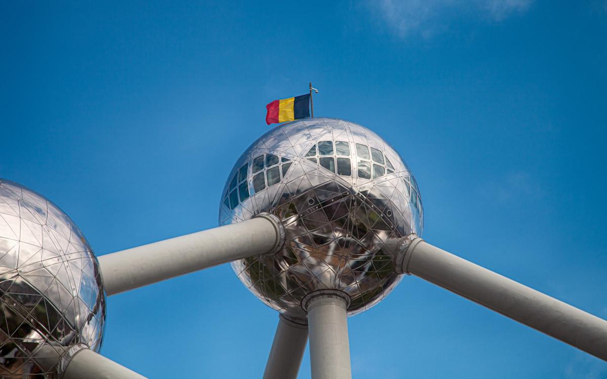 Brüssel ist nun für 15 Jahre in JCDecaux Hand (Foto: Dim Hou/Unsplash)