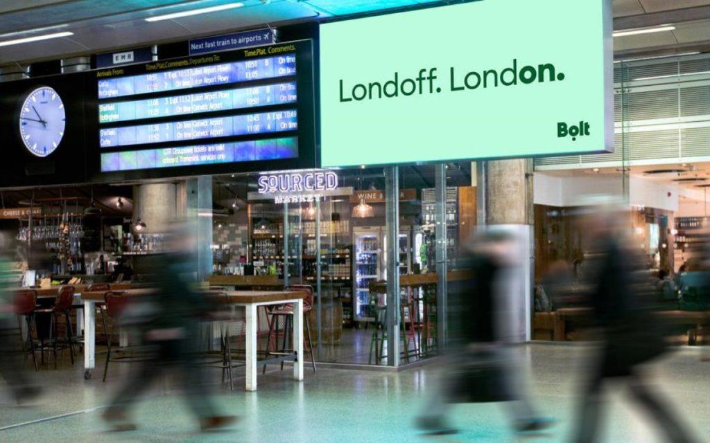 Kampagne von Bolt auf DooH von JCDecaux in London (Foto: JCdecaux)