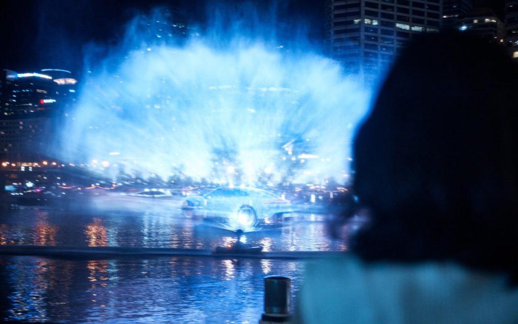 Porsche feiert den Australischen Marktstart des Taycan im Hafen Sydneys mit Projektionskunst auf Wasser (Foto: Porsche AG)