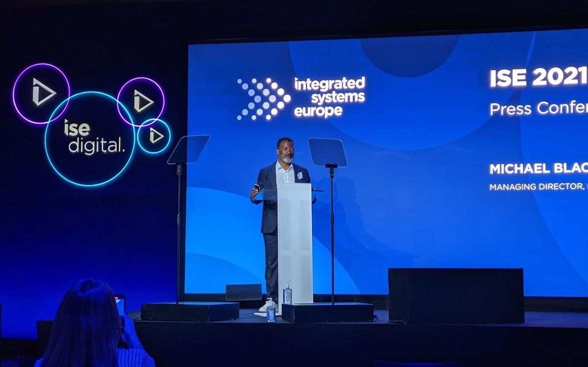 Eröffnung der ISE 2021 durch Mike Blackman (Foto: invidis)
