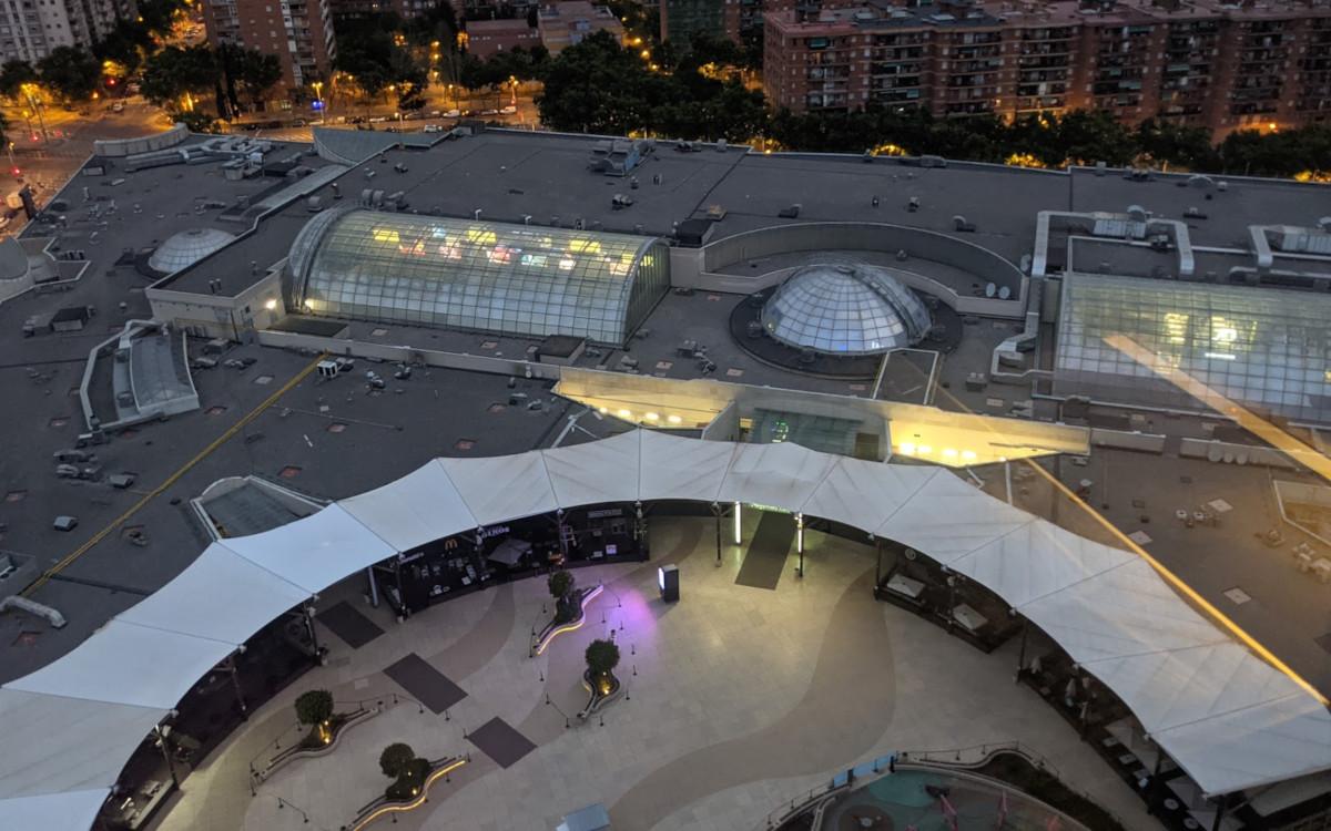Um 5h morgens - LEDs im EKZ im vollen Betrieb (Foto: invidis)