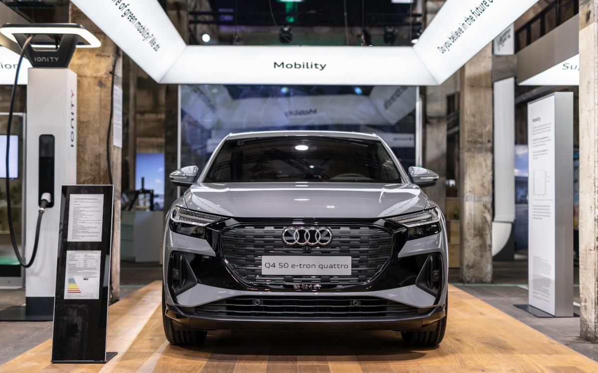 Digitaler Beisteller informiert über Effizienz (Foto: Audi)