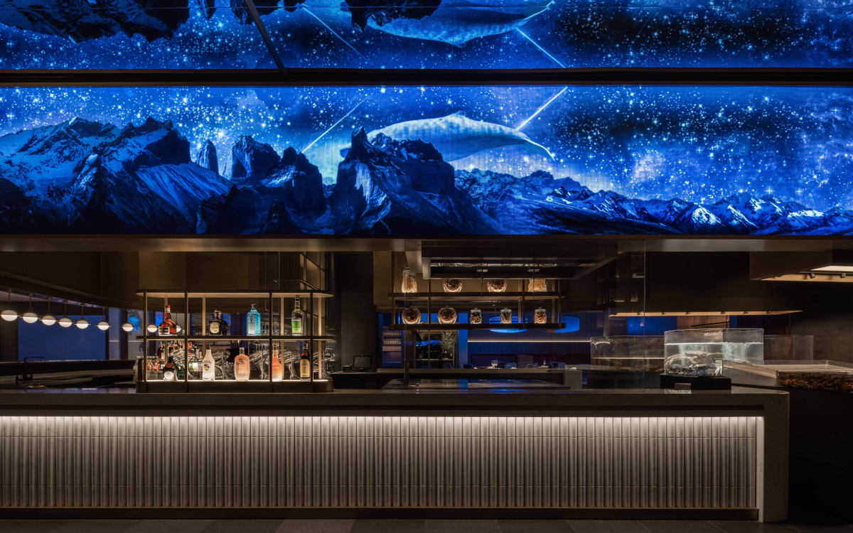 LED bringt Atmosphäre in Seefood Restaurant in China (Foto: Chuan He)