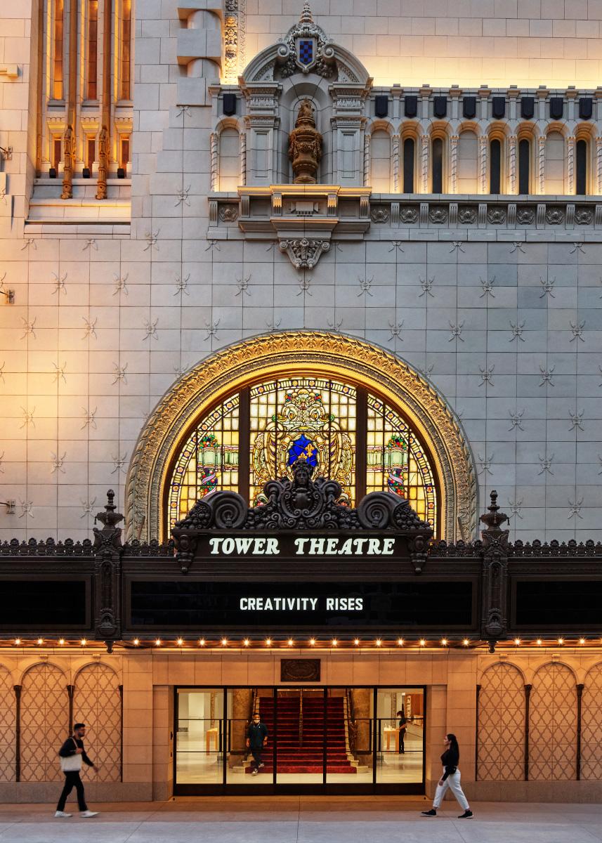 Neuer Apple Store in ehemaligen Kino in LA (Foto: Apple)