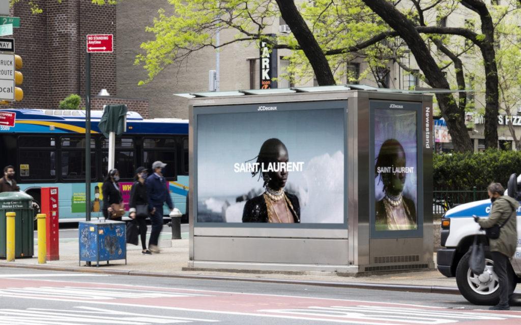 Luxus-Marken werben wieder auf DooH (Foto: JCDecaux)