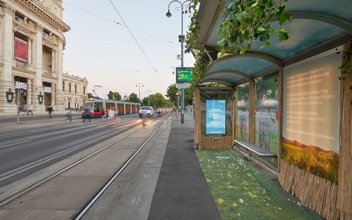 Zalando-Kampagne mit digitalem Verzerrspiegel in Wien (Foto: Gewista)