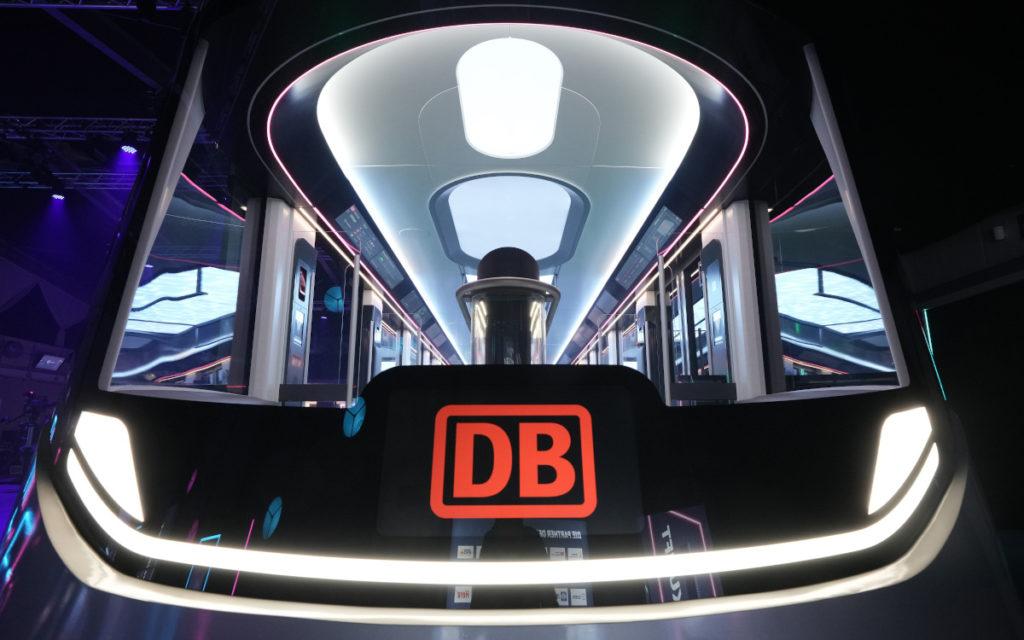 DB Ideenzug City - digital bis unter die Decke (Foto: DB)