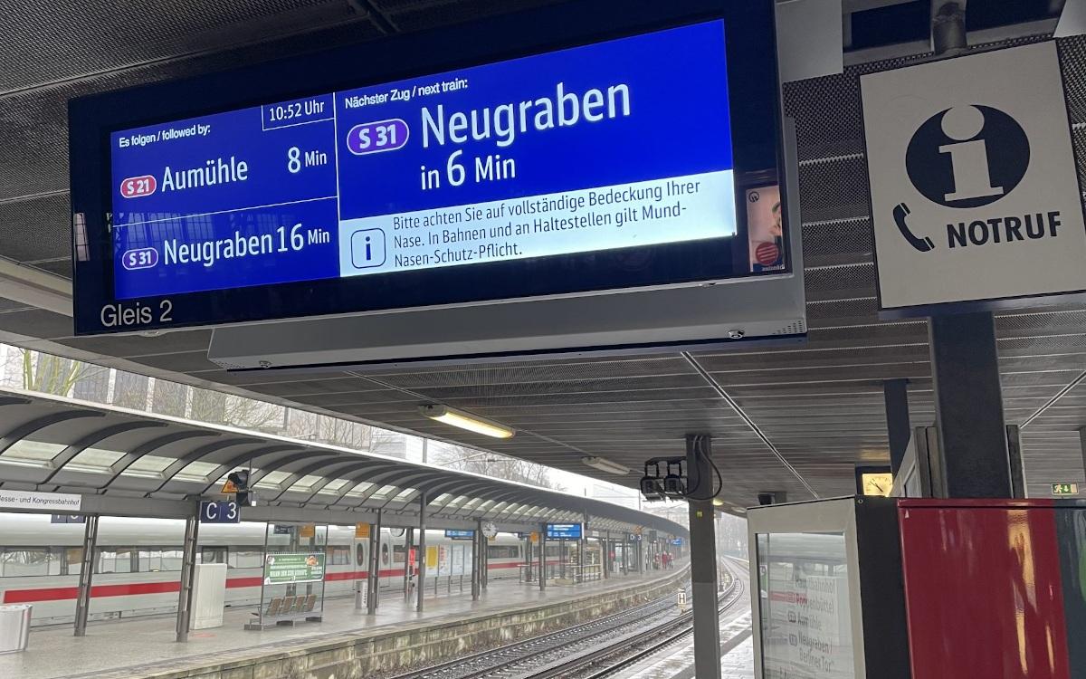 Neue Zugzielanzeiger in Hamburg (Foto: S-Bahn Hamburg)