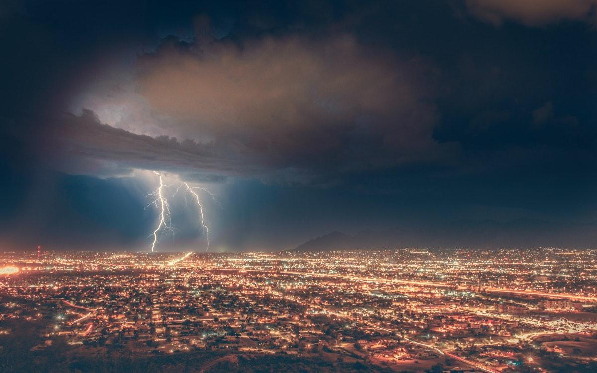 Der perfekte Sturm (Foto: Michael_D / Unsplash)
