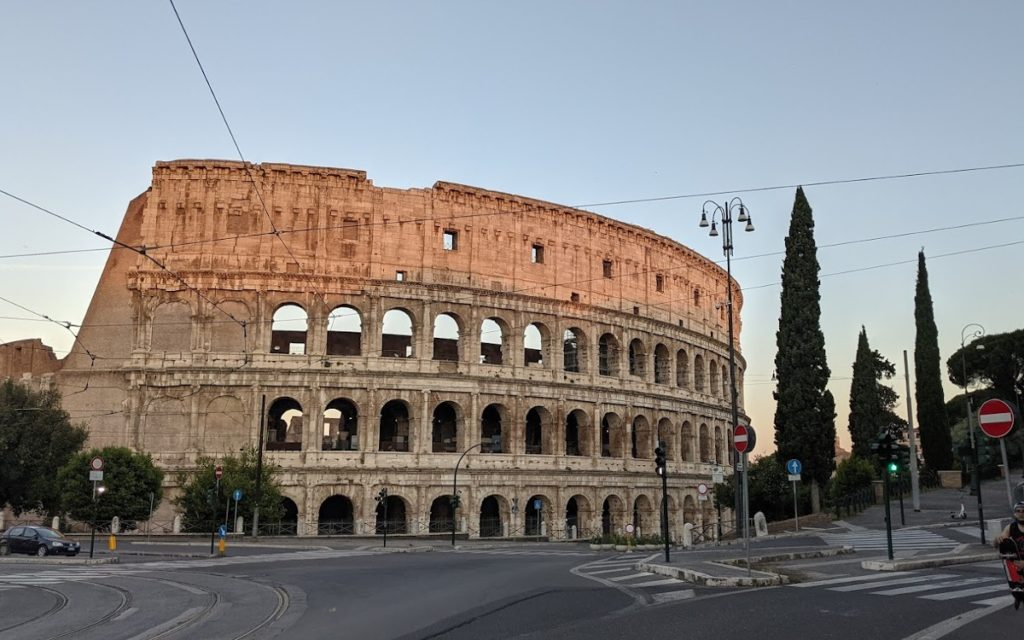 Sonnenaufgang in Rom im Juni 2021 (Foto: invidis)