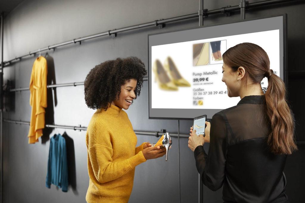 Die Lösungen von Bütema unterstützen die Verkäufer direkt auf der Fläche. (Bild: Bütema)