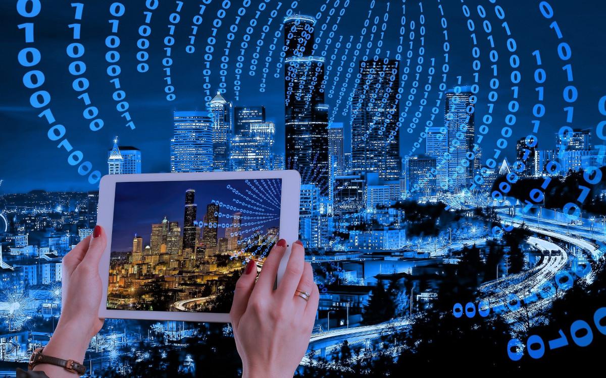 """Die Studie """"Der deutsche Smart-City-Markt 2021–2026"""" sieht für die nächsten fünf Jahre ein Umsatzplus von mehr als 46 Milliarden Euro. (Symbolbild, Foto: Gerd Altmann/Pixabay)"""