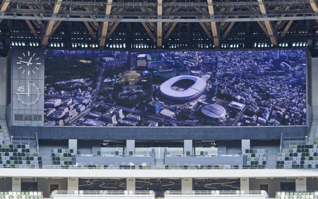 Die beiden Screens im National Stadium sind mehr als 30 Meter breit. (Foto: Panasonic)