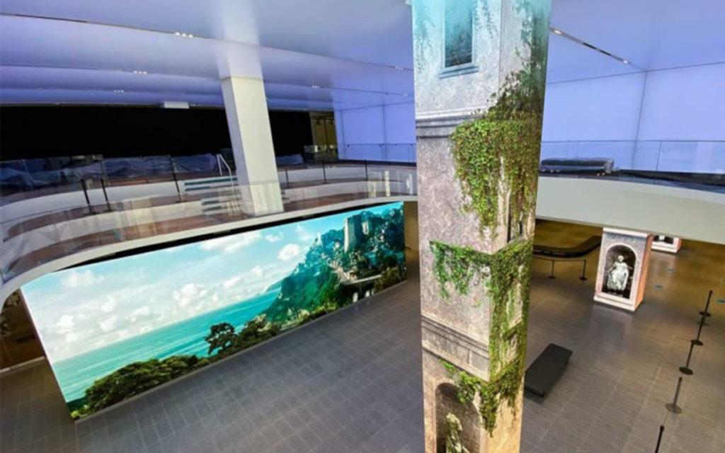 Ein großer Screen und in LED gewandete Säulen befinden sich in der AT&T-Lobby. (Foto: SNA Displays)