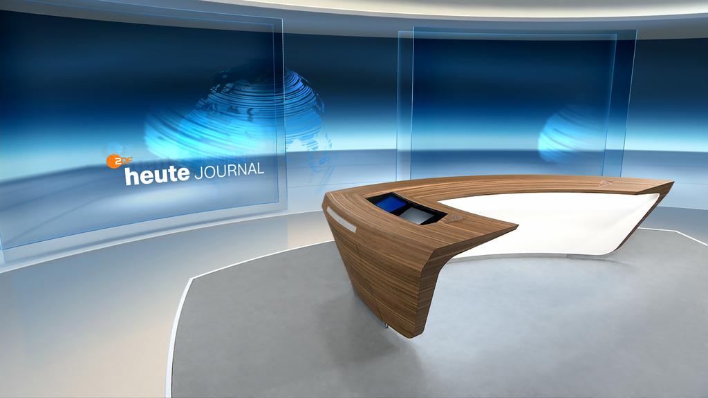 Der neue Tisch soll die Interaktion mit den Studiogästen fördern. (Foto: ZDF, Marketing)