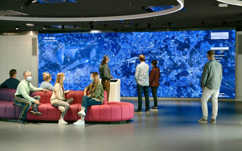 Digital und Interaktiv - neues Fraport Besucherzentrum (Foto: Fraport)
