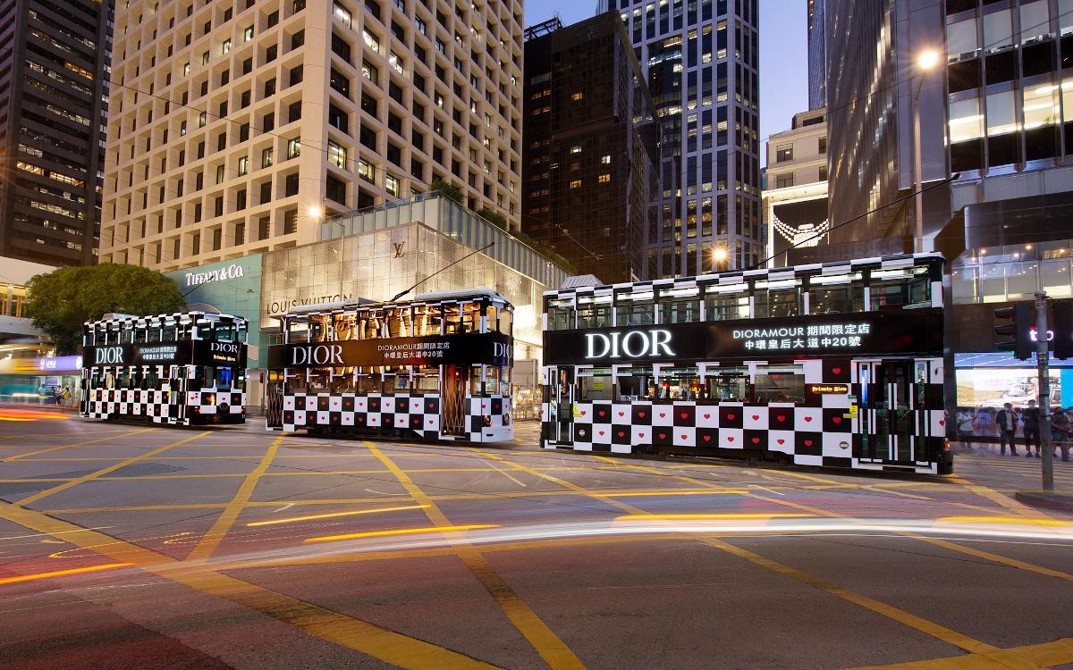 Dior bewirbt neuen Popup-Store in Hongkong (Foto: JCDecaux)