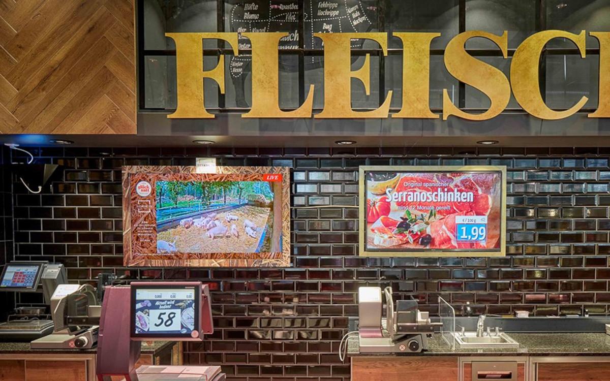 Tierwohl.tv ermöglicht eine Übertragung von den Ställen in den Supermarkt. (Foto: Online Software AG)