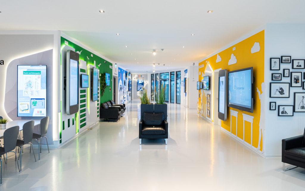 Das digitale Schwarze Brett (DSB) war für Heinekingmedia ein Erfolgskonzept – Blick in den Unternehmenssitz. (Foto: heinekingmedia)