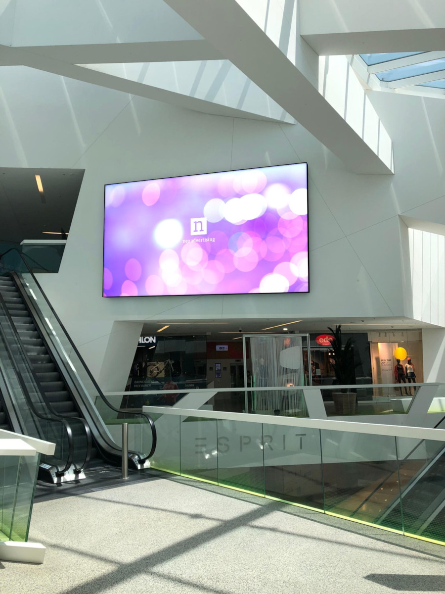 So soll es bald mit Neo Screens bei Migros Aare leuchten (Foto: Neo Advertising)