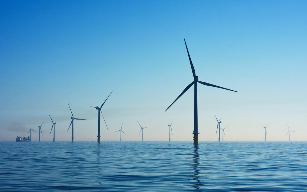 Im Großhandel ist Strom mittlerweile doppelt so teuer wie im Schnitt der Vorjahre (Foto: Nicholas Doherty / Unsplash)