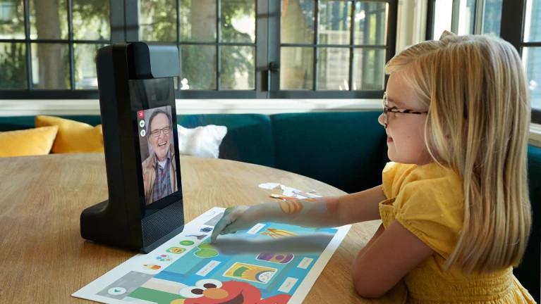Amazon Glow - Tischprojektion trifft Videocall (Foto: Amazon)