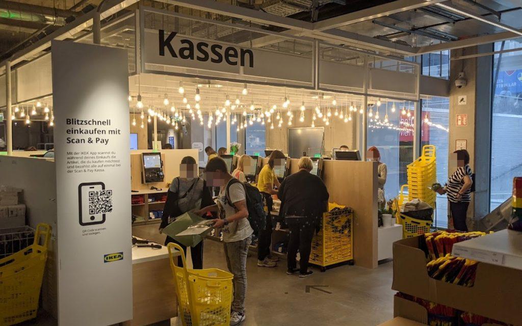 Kassenzonen auf allen Etagen bei Ikea Wien Westbahnhof (Foto: invidis)