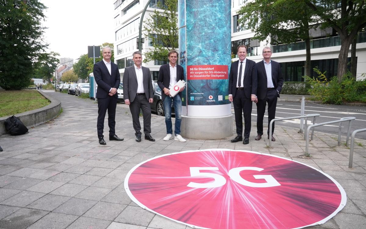 5G Litfaßsäule von Vodafonr und ILG (Foto: Vodafone)