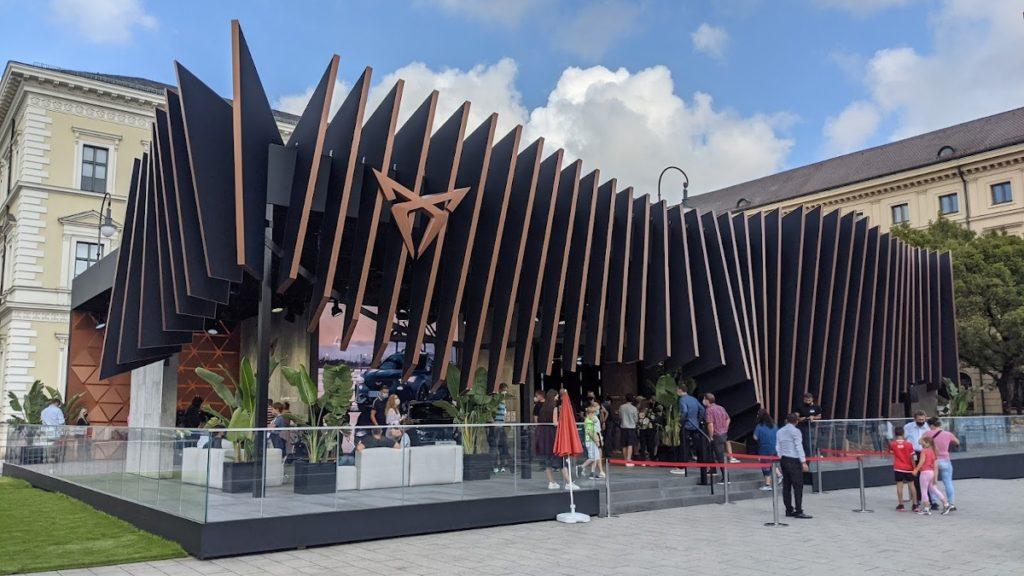 Cupra IAA-Stand in der Münchner Innenstadt (Foto: invidis)