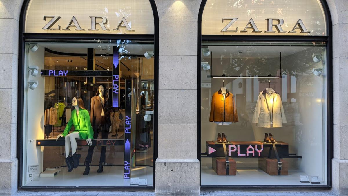 Weniger ist mehr - Zara mit reduzierter Digital Signage Installation in München (Foto: invidis)